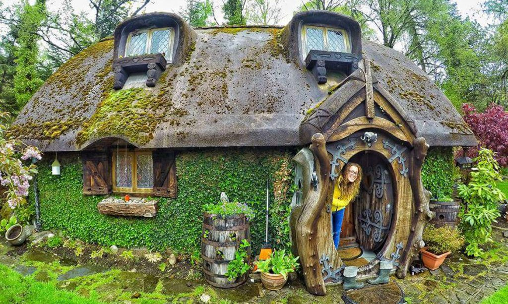guy builds his own real life hobbit house