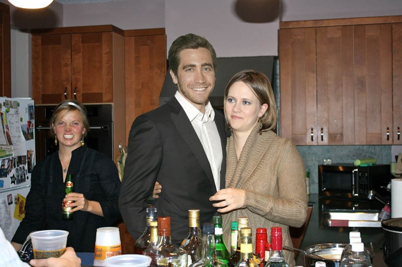 photoshopping-famous-people-celebrities-into-holiday-party-25