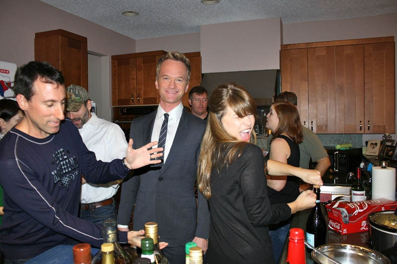 photoshopping-famous-people-celebrities-into-holiday-party-29