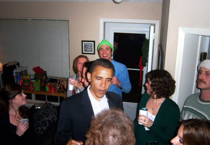photoshopping-famous-people-celebrities-into-holiday-party-3