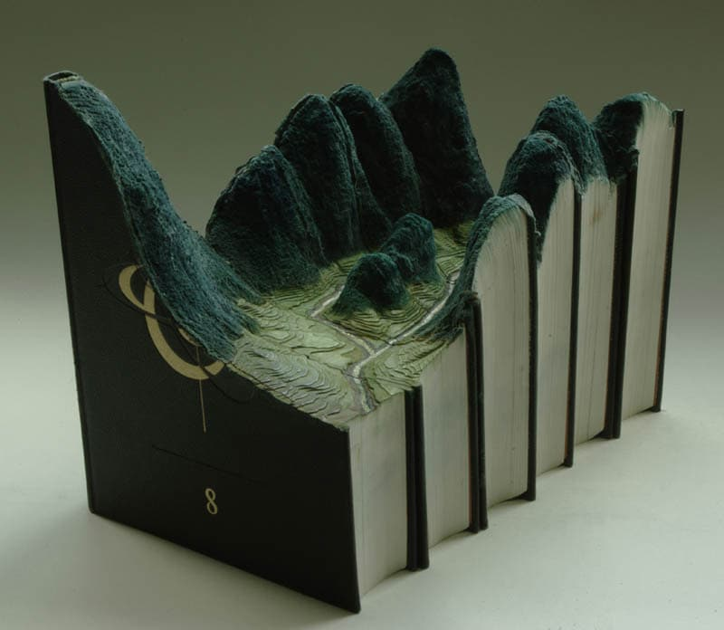 landscapes-carved-into-books-guy-laramee-9