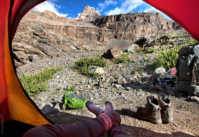 morning-views-from-the-tent-photography-oleg-grigoryev-5-685x471