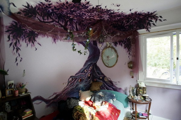29 wall murals that will make your boring room come alive for Bedroom mural painting
