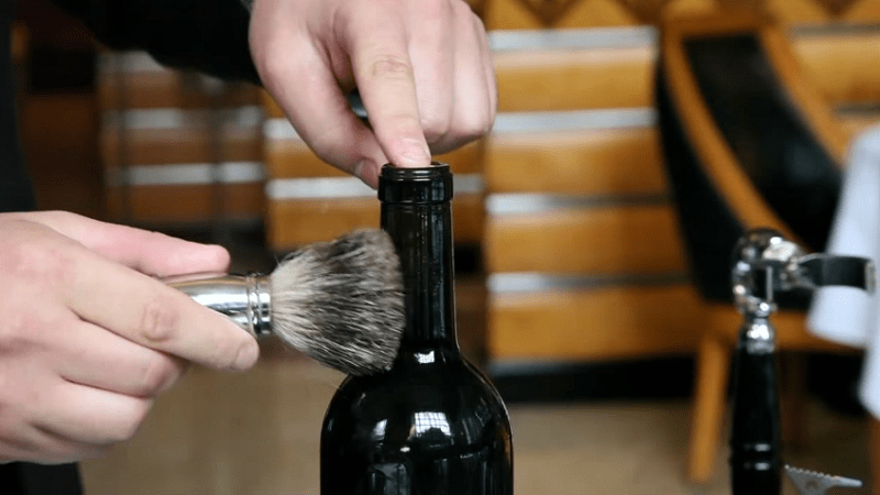 Here 39 S How To Open A Wine Bottle Without A Corkscrew