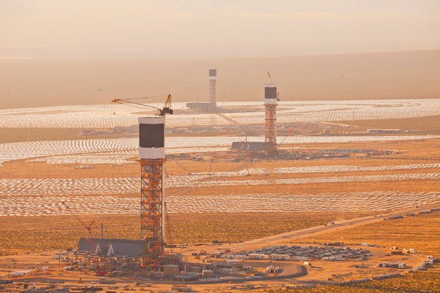 The World's Largest Solar Plant Started Creating Electricity Today (1)