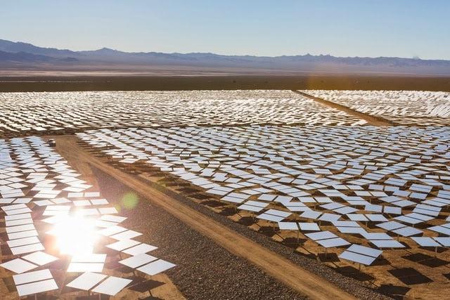 The World's Largest Solar Plant Started Creating Electricity Today (10)