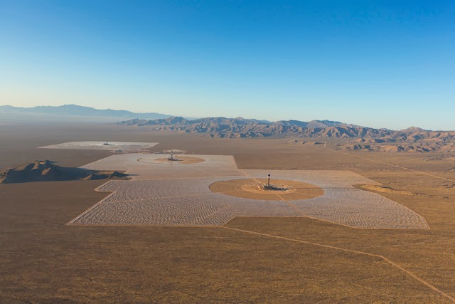 The World's Largest Solar Plant Started Creating Electricity Today (3)