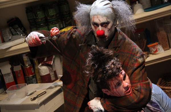 brog_image478-this-horror-movie-will-leave-you-in-stitches-Optimized
