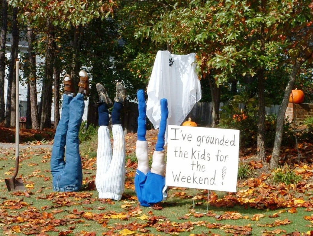 23 people who took halloween decorations to a new level for Outside halloween decorations to make at home