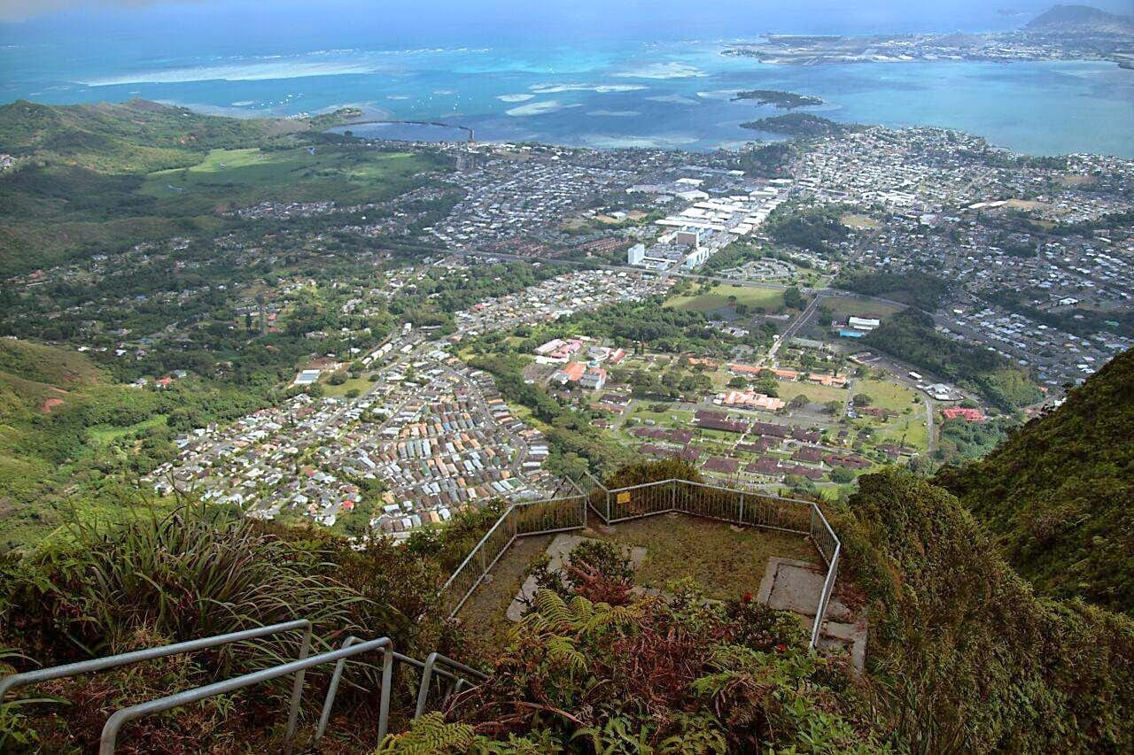 haiku-stairs-hawaii-stairway-to-heaven-11