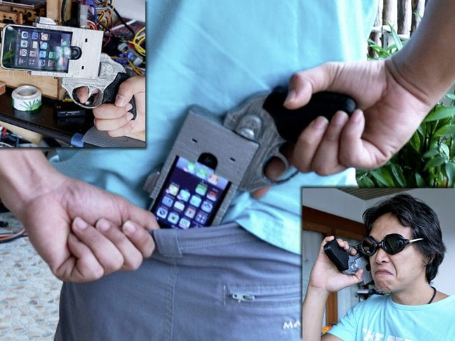 iPhone-Case-Looks-Like-A-Gun